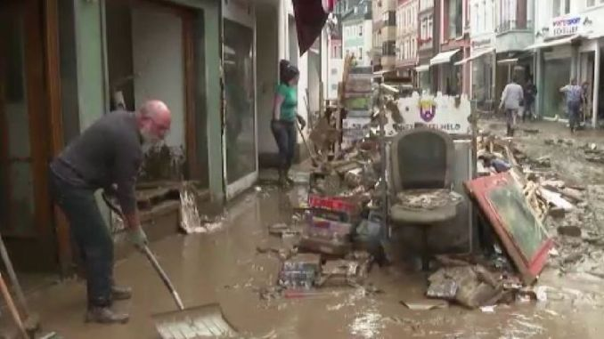 People in Ahrweiler start to clear up