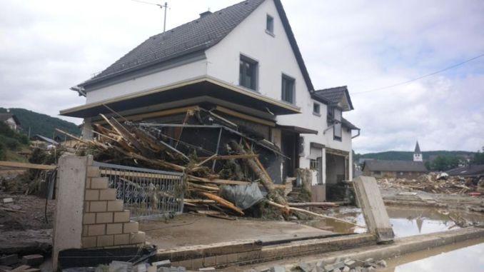 Flood damage in Schuld