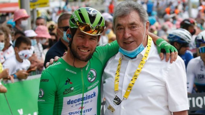 Mark Cavendish (L) and Eddy Merckx