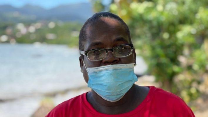 A landslide damages a building on a Grenada hillside - HTP report 13/10/2021