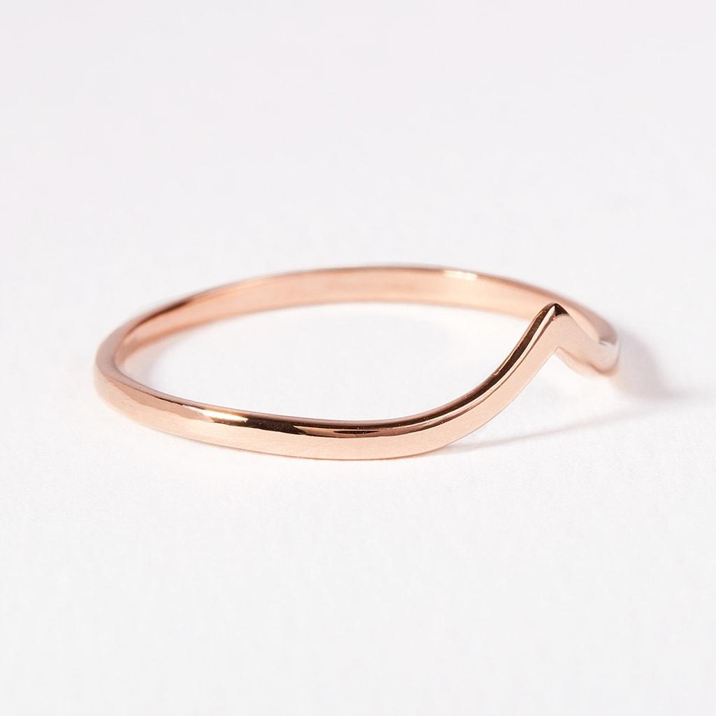 Ring aus Rotgold  KLENOTA