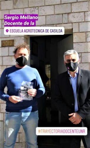 RECONOCIMIENTO DEL SR. RECTOR A UNO DE LOS DOCENTES MÁS ANTIGUOS DE LA ESCUELA