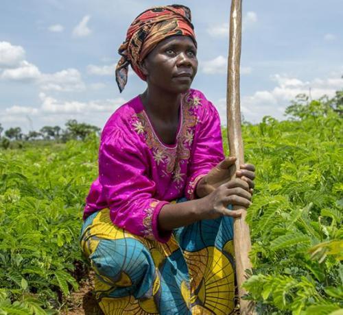 Mujer africana refugiada