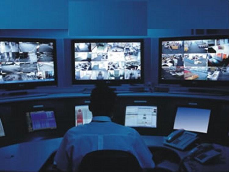 Resultado de imagem para operador de monitoramento