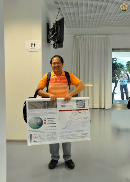 Dennis Berbulla Bela-ong wrapping up his poster
