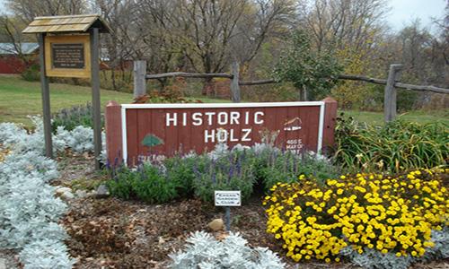 Holz Farm Park