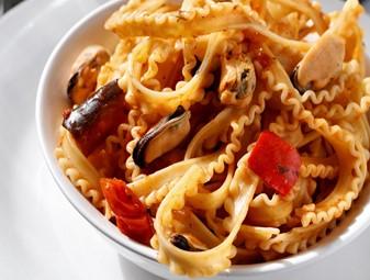 Pasta With Sun-Dried Tomato Almond Pesto and Chicken