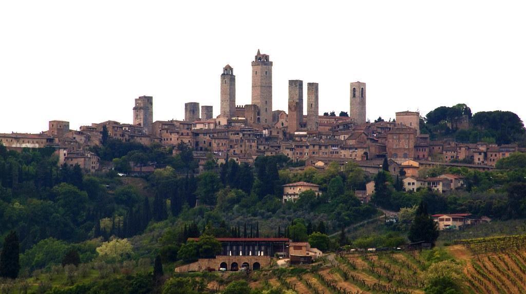Visit San Gimignano, Tuscany