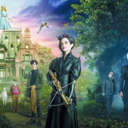 "Review: ""Miss Peregrine's Home for Peculiar Children"" displays a fun, exciting fantasy world"