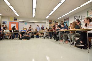 Students debate about the North Korea nuclear problem and discuss solutions.