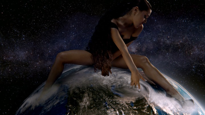 Warning from God to Christians and Ariana Grande about her song: God is a woman