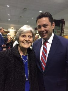 Eunie Smith, Eagle Forum President and Jason Chaffetz at the Alabama Policy Institute banquet, 11/13/18
