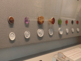 Tiny seals/signets