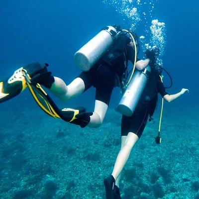 scuba diving reef