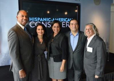 Group-Shot-Hispanic-Launch-e1447107867235