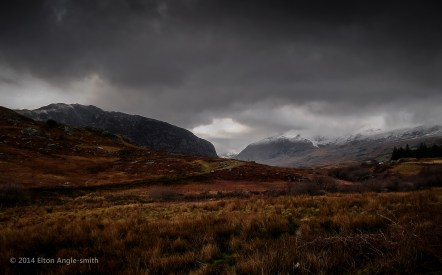 The view that opens out as you enter the Ogwen Valley from the east
