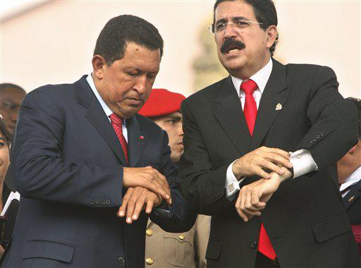 los-presidentes-hugo-chavez-de-venezuela-y-manuel-zelaya-de-honduras