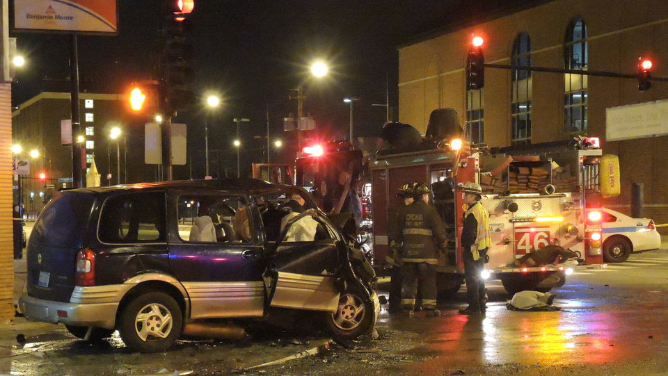 Chicago Car Accident With CTA Bus Leaves 1 Dead And 3 Injured