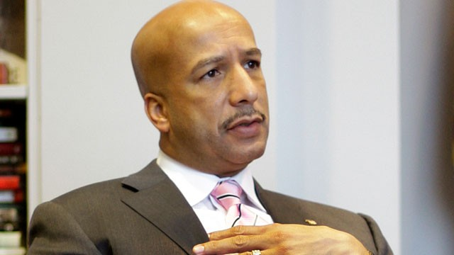 Former New Orleans Mayor Ray Nagin Reports To Federal Prison To Serve  Year Sentence