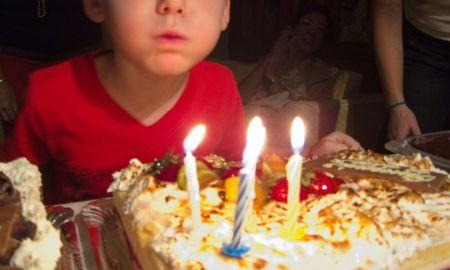 gty_birthday_cake_candles_rf_jc_150119_16x9_992