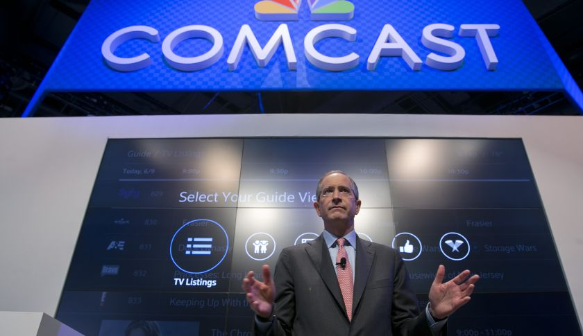 how to talk to comcast customer service