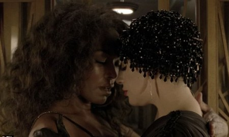 Angela Bassett Debuts In American Horror Story In a Bisexual Sex Scene With Gaga's Countess