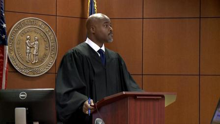 Black Louisville Judge Dismissed Entire White Jury Due To There Not Being One Black Person Of The Defendants Peer!