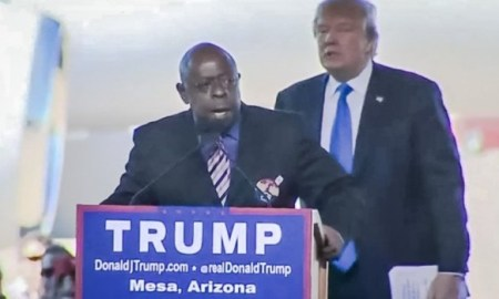 African-American Speaker At Trump Rally Says Trump Was Sent From God To Stop Oppression From Illegal Aliens