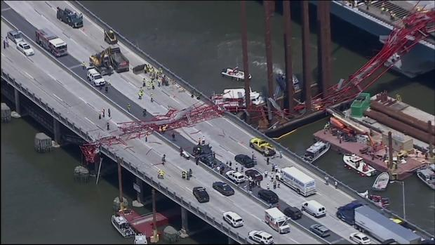 Huge Crane Collapses Onto New York Tappan Zee Bridge