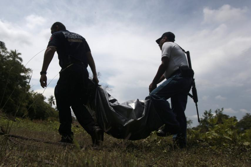 Mexican Authorities Tipped Off About Kidnappings And Find A Grisly Discovery Of 9 Severed Heads & 32 Buried Bodies