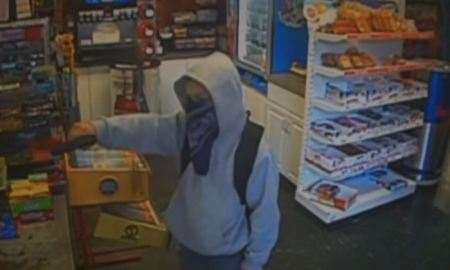 child robs gas station