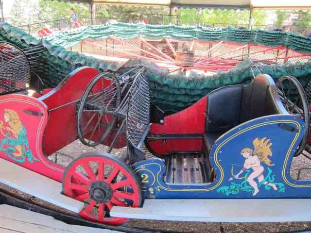 the caterpillar ride