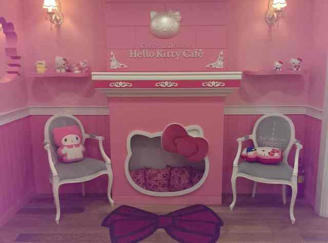Hello Kitty Cafe Seoul 4