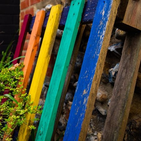 Grow Your Own Herbs in a Pallet Garden with a pallet