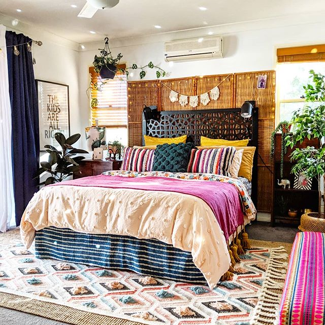 The Hectic Eclectic's Boho Maximalism in the bedroom
