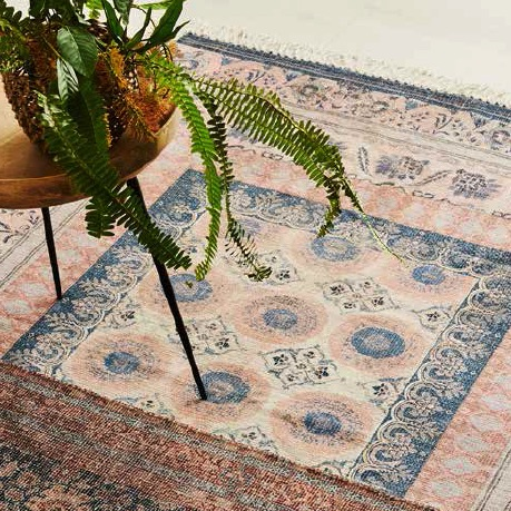 10 Ways to Clear the Air in Your Home shampoo the rugs