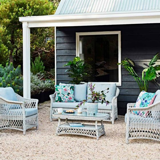 An outdoor zone for every occasion with the Catalina