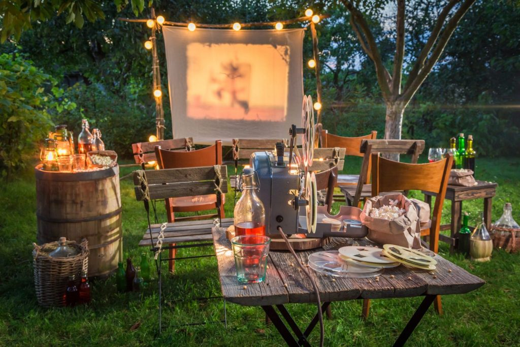 Make your own moonlight cinema — backyard cinema