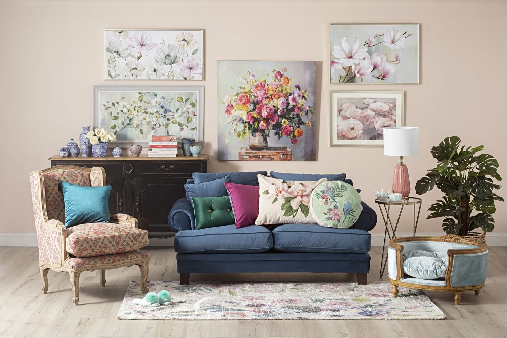 How to Create a Gallery Wall - granny chic