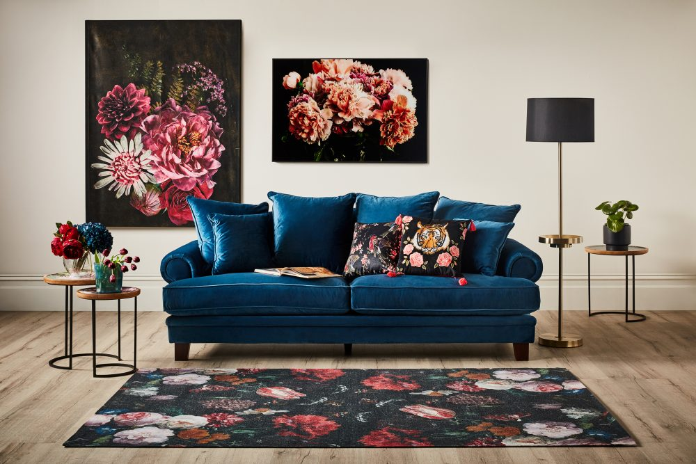 How to Create a Gallery Wall - dramatic florals
