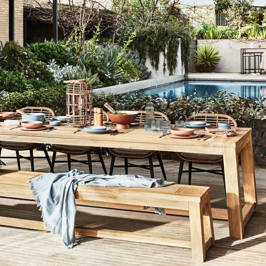 5 Benefits of Reclaimed Teak Timber - easy to maintain