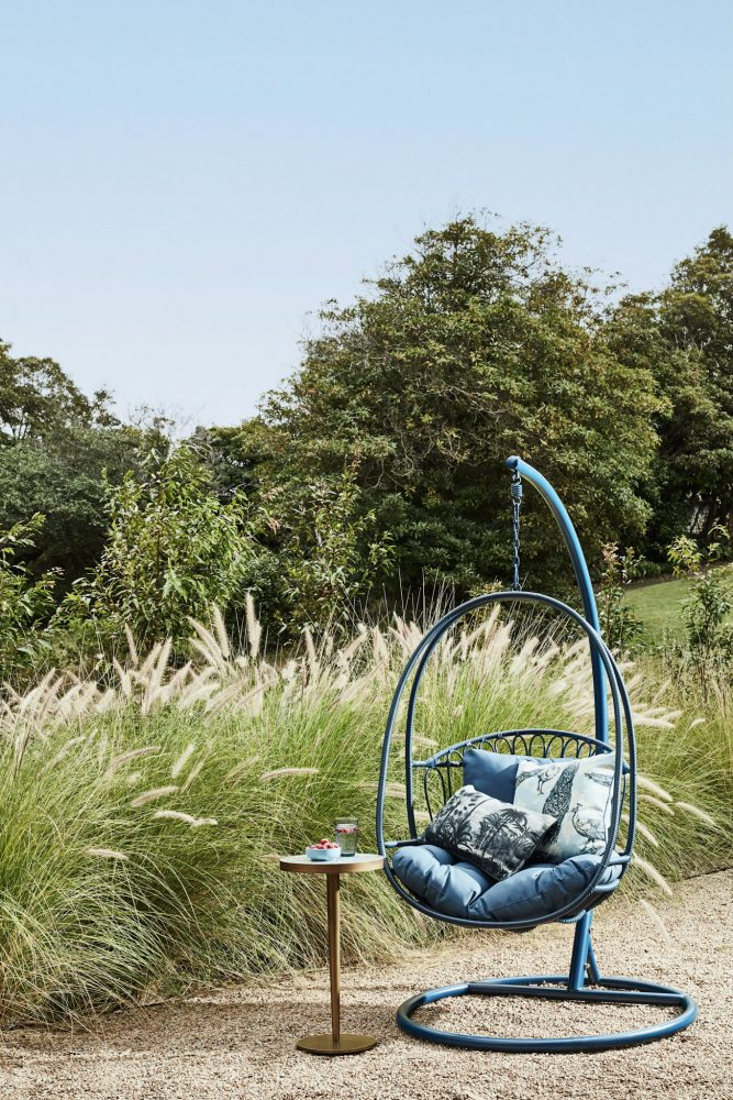 6 Summer Styling Trends by Heather Nette King with the Byron hanging outdoor chair