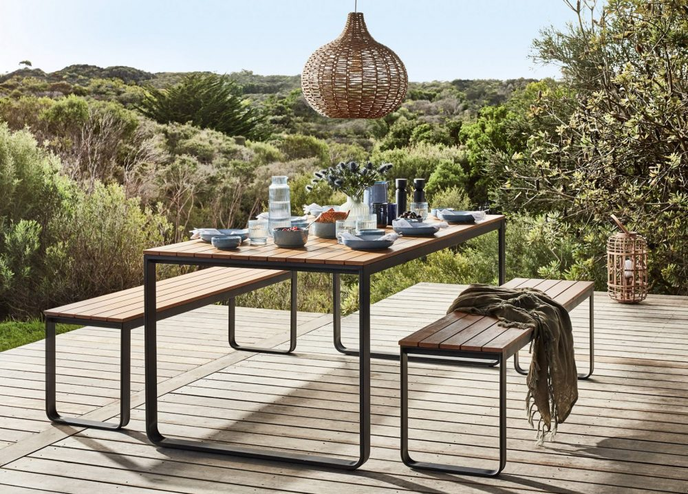 Making the Most of Small Outdoor Spaces with bench seating