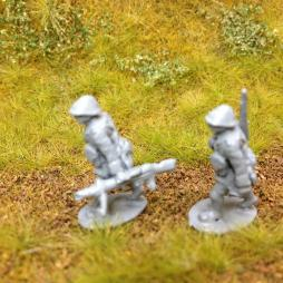 2 Lewis gunners advancing ,