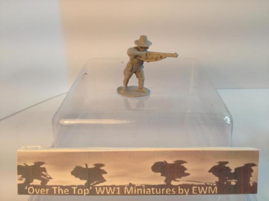 T.L. 3 x Australian Light horse cavalryman dismounted