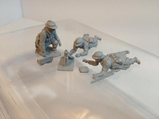 50mm DBT mortar with 3 crewman firing weapon in prone/kneeling