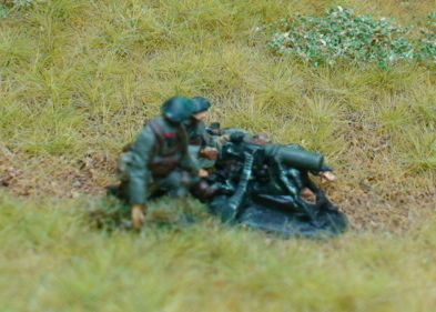 3 Chasseur Ardennes crewing an MG08 Machine gun