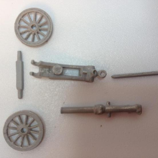 Screw gun 2.5 inch RML or 7 pounder with 7 Indian crewman,