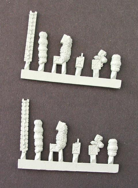 Mixed German stowage including track links x 12 bits (2 sprues)