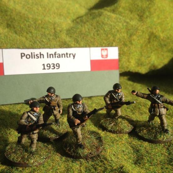 Polish 11 man Infantry section. 10 riflemen and 1 BAR LMG.